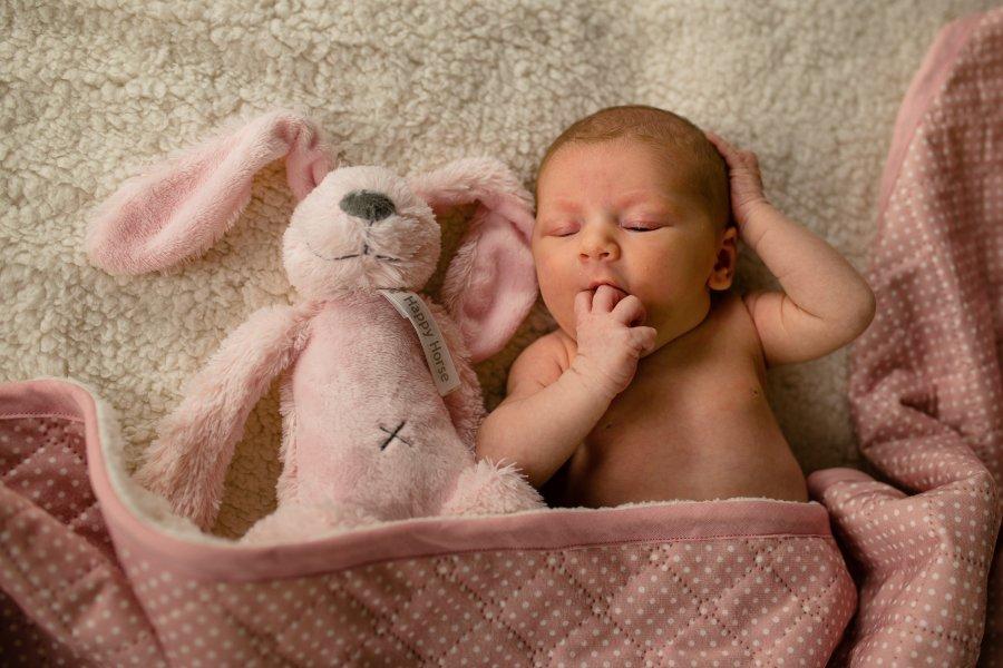 Fotoshoot van baby in Gelderland