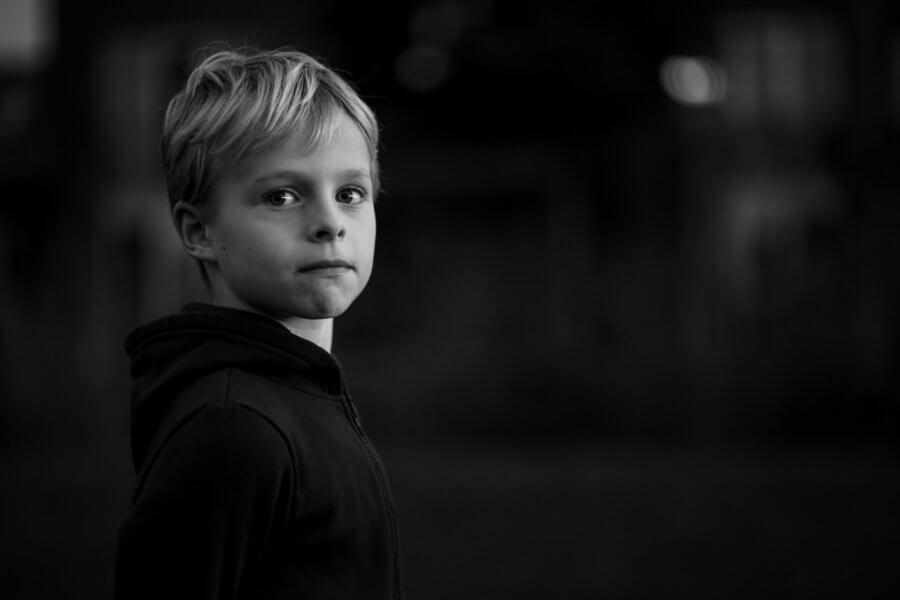Een mooie foto van spelende kids rond Apeldoorn - foto's van het gezin