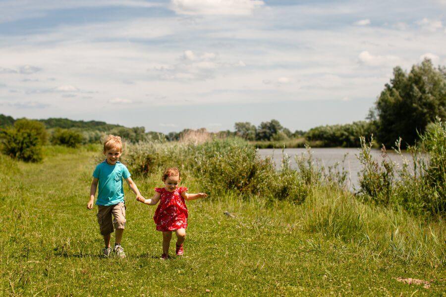 Een leuke foto van spelende kids in de omgeving van Druten - foto's van je gezin