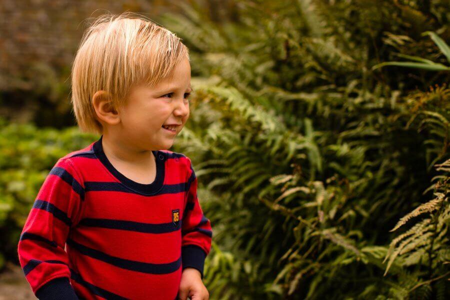 Een leuke foto van spelende kids rond Geldermalsen - fotoshoot jouw gezin