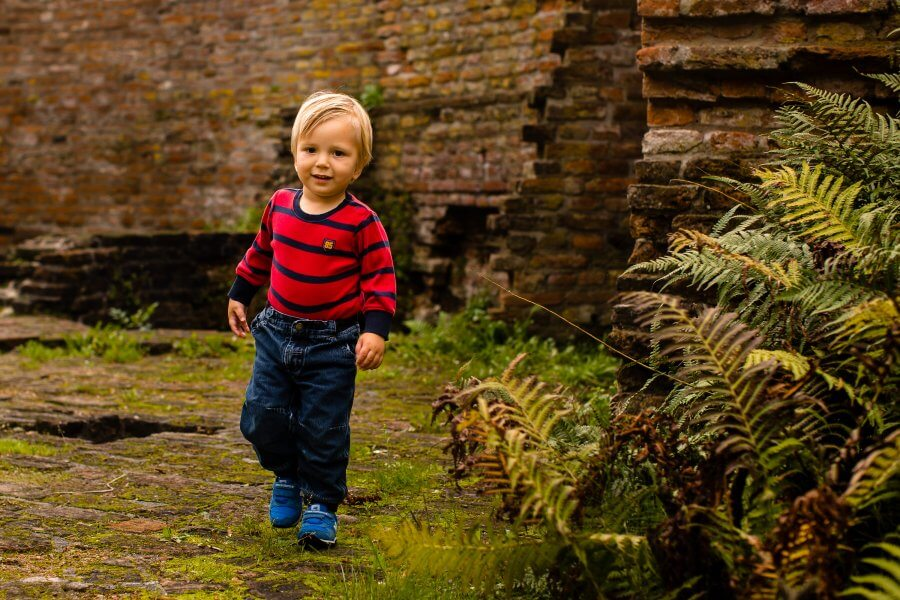 Een leuke foto van spelende kinderen rond Grave - foto's van je gezin