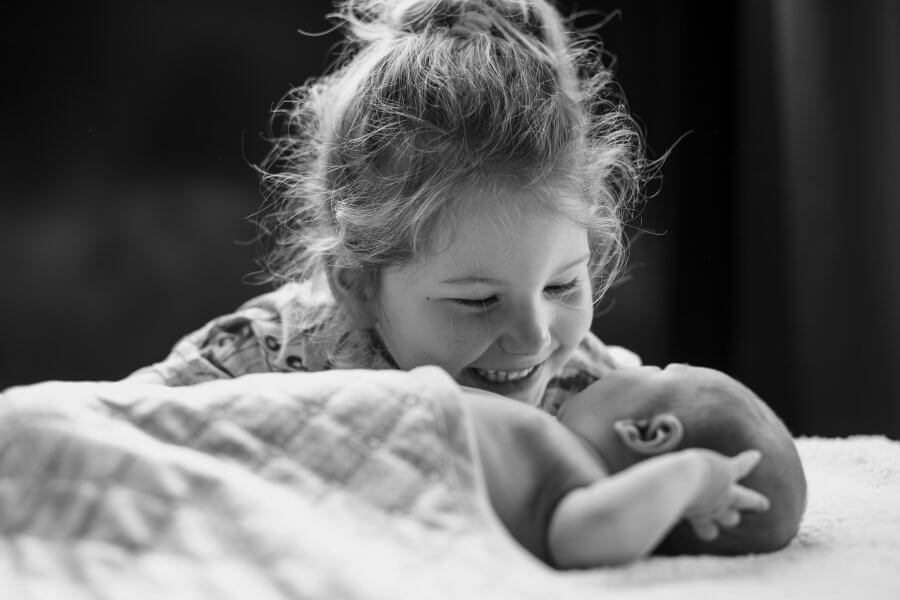 Een mooie foto van gezellige kids nabij Nijmegen - fotografie jouw gezin