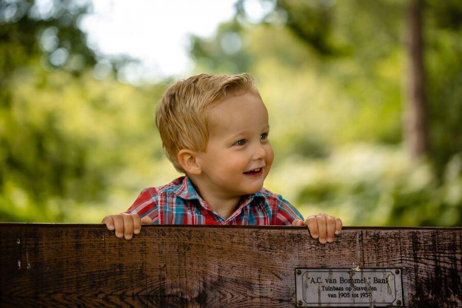 Een goede foto van gezellige kinderen nabij Rheden - fotoshoot jouw gezin