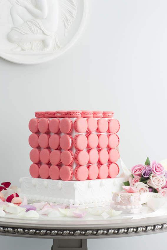 Bruidstaart Macaron Framboos Laduree
