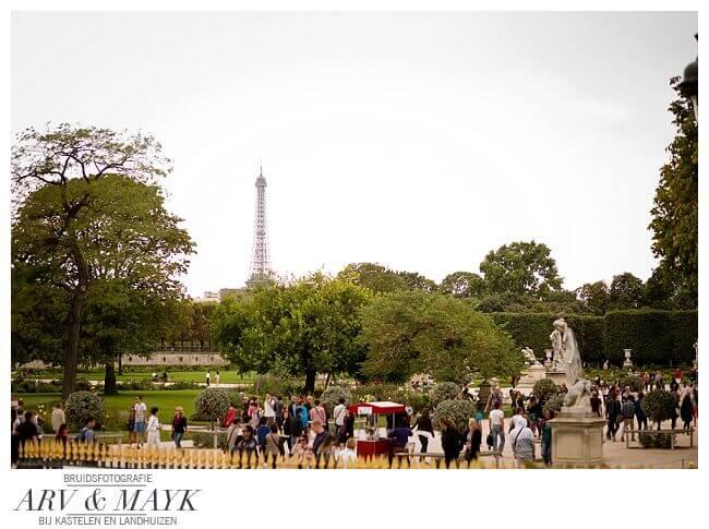 Parijs Jardin de Tuileries Eiffeltoren