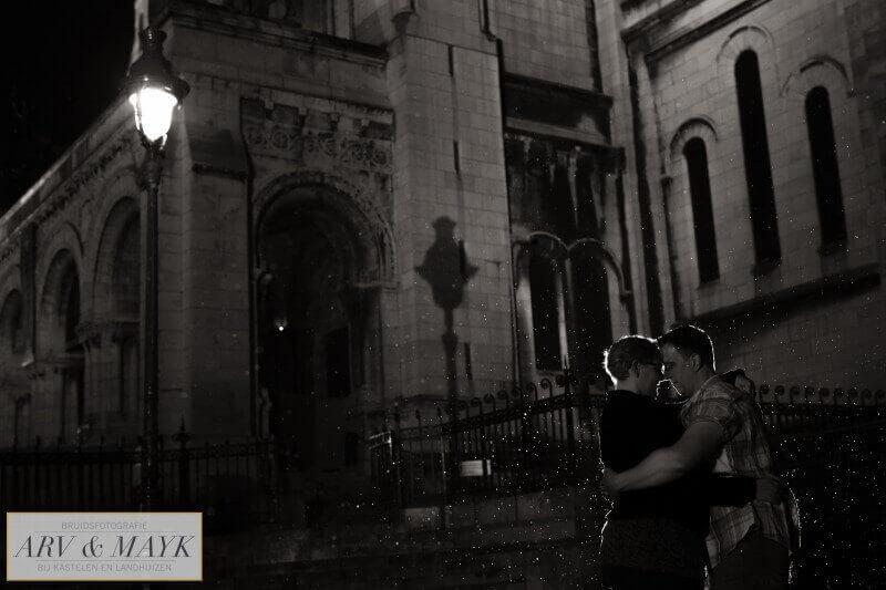Photoshoot Paris Montmartre rain Sacre Coeur