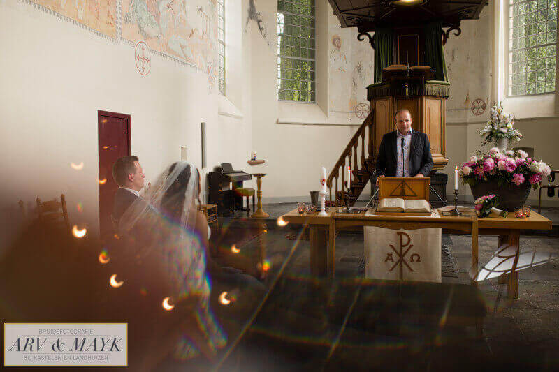 17 Bruidsreportage Trouwen Kasteel Wijenburg