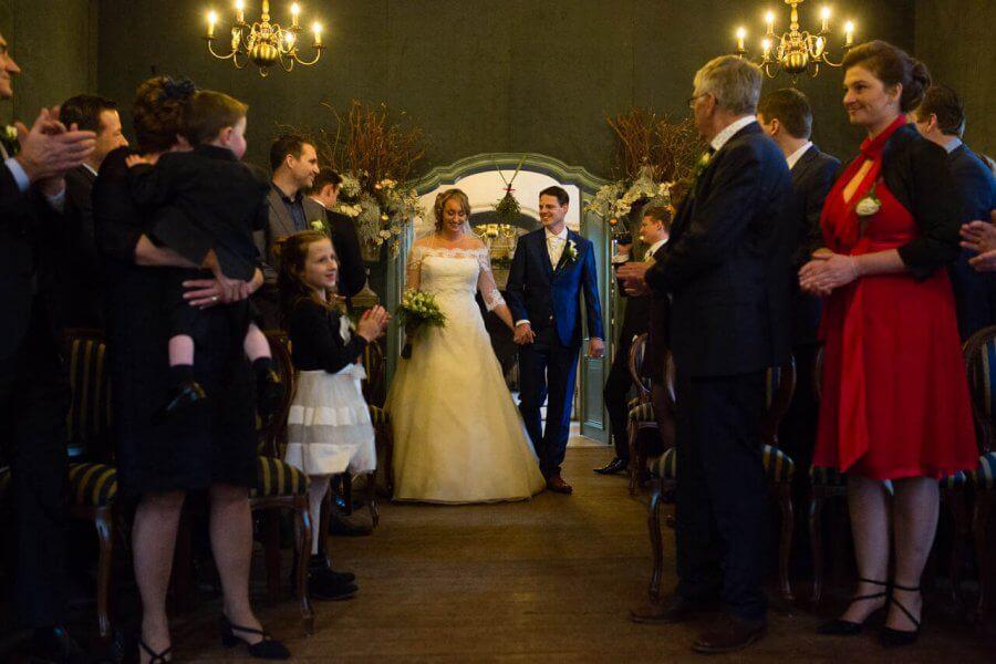 De winterse trouwdag bij Kasteel Wijenburg – de foto's