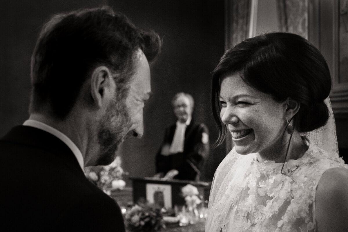 Bruidspaar zegt ja tegen elkaar
